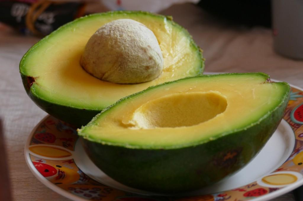 abacate remove úlceras