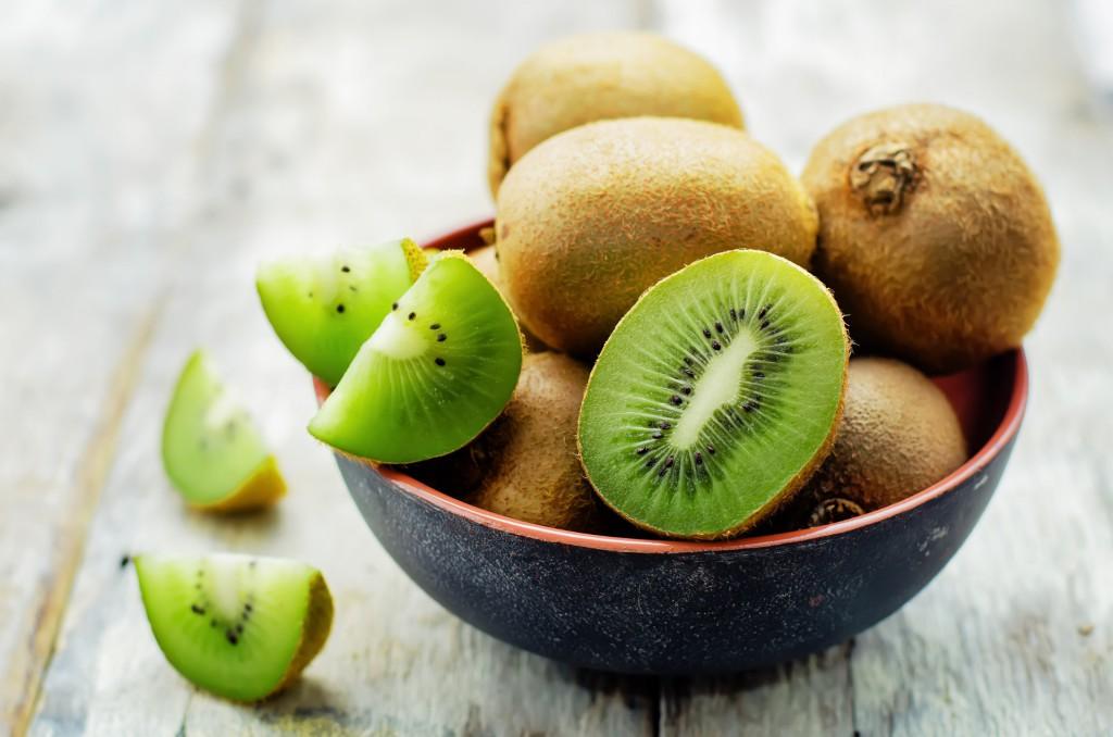 kiwi promove a saúde da pele