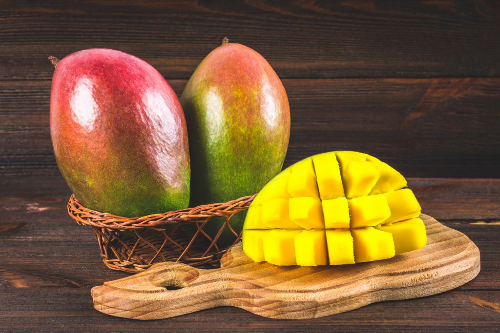 Manga ajuda na saúde digestiva: veja 30 benefícios da fruta