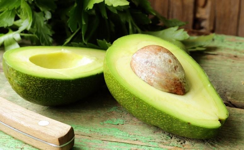 Os 20 Benefícios do Abacate Para Saúde