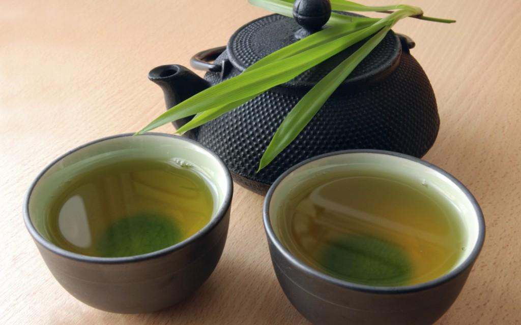 benefícios do chá de capim santo