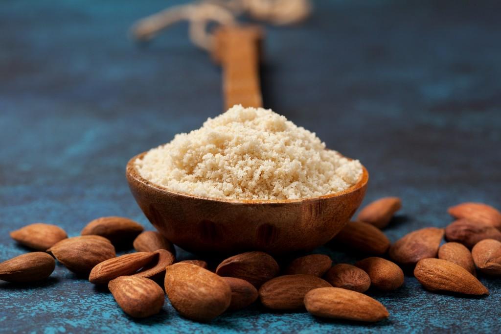 beneficios da farinha de amendoa