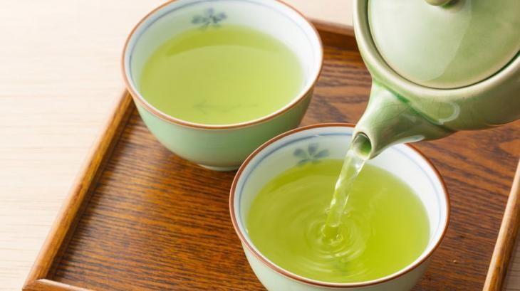 Chá verde controla o peso corporal: veja 10 benefícios