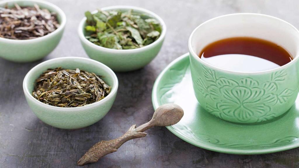 chá de confrei para saúde