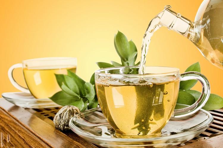 Os 20 Benefícios do Chá de Louro Para Saúde