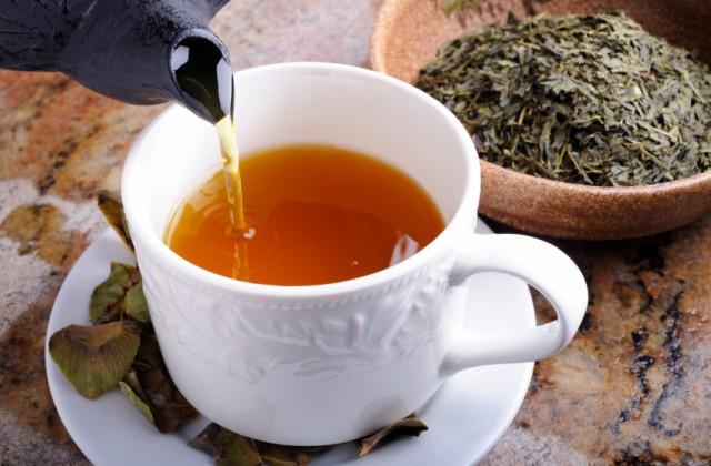 Os 30 Benefícios do Chá de Boldo do Chile Para Saúde
