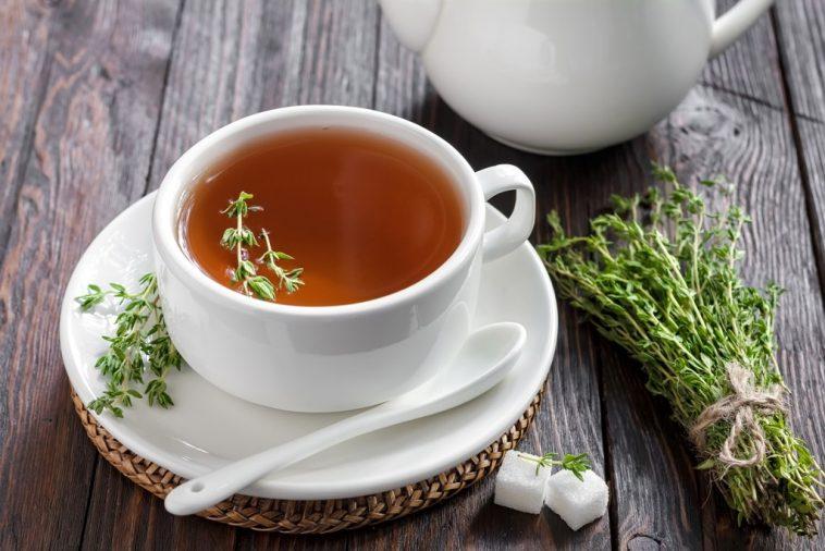 Os 30 Benefícios do Chá de Tomilho Para Saúde
