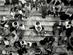fobia social o que e, causas, sintomas e tratamentos