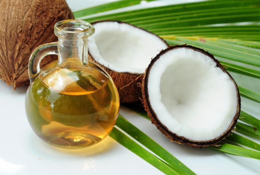 Os 7 Benefícios do Óleo de Coco Para a Pele