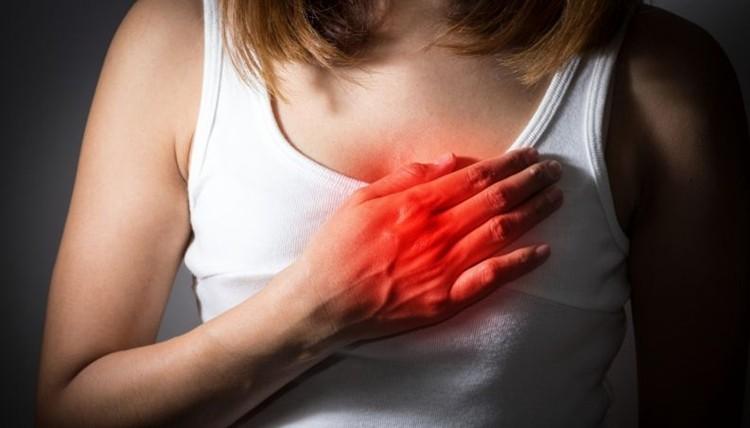 sintomas de ataque cardiaco nas mulheres