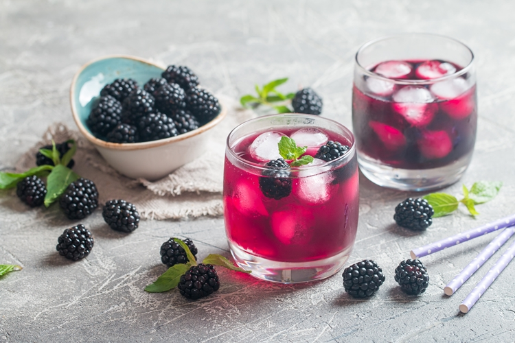 Os 30 Benefícios do Suco de Amora Para Saúde