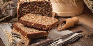 benefícios do pão de grãos integrais para saúde