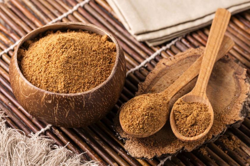 Açúcar de coco limpa os rins: veja 8 benefícios